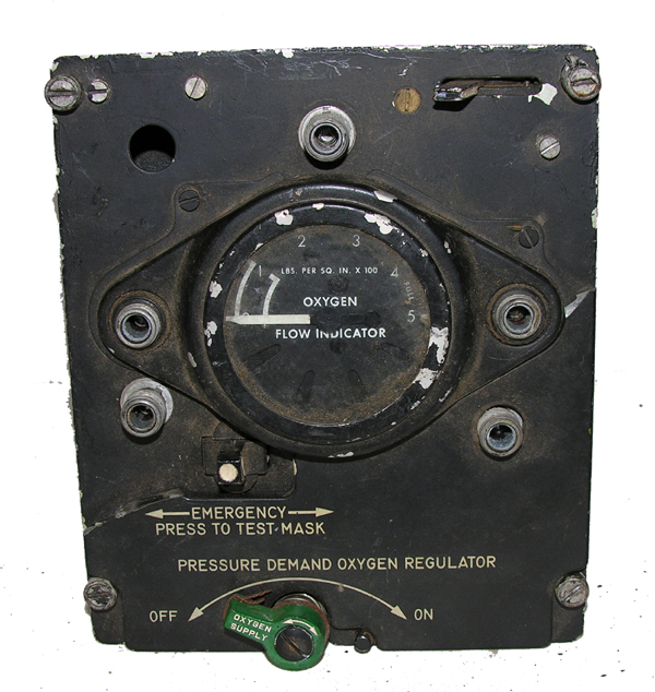 Aircraft Oxygen Panel Mounted Regulator