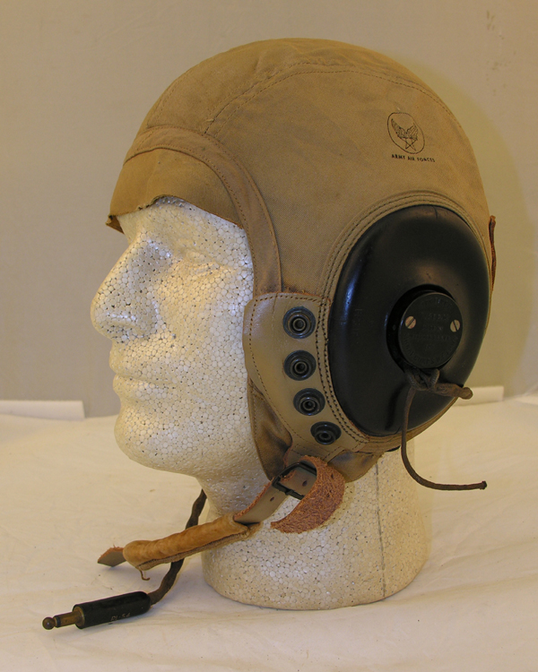 USAAF AN-H-15 Flight Helmet with R-14 earphones