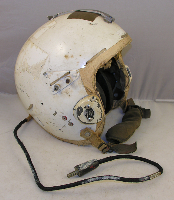 USAF P-4A Flight Helmet complete except for visor