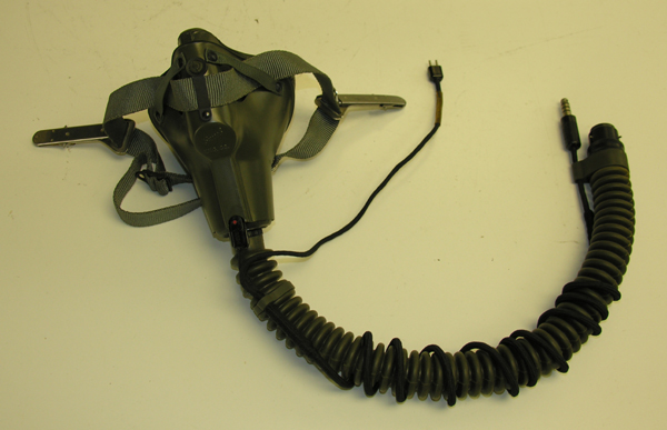 USAF MBU-5 Oxygen Mask with early Straight Bayonets