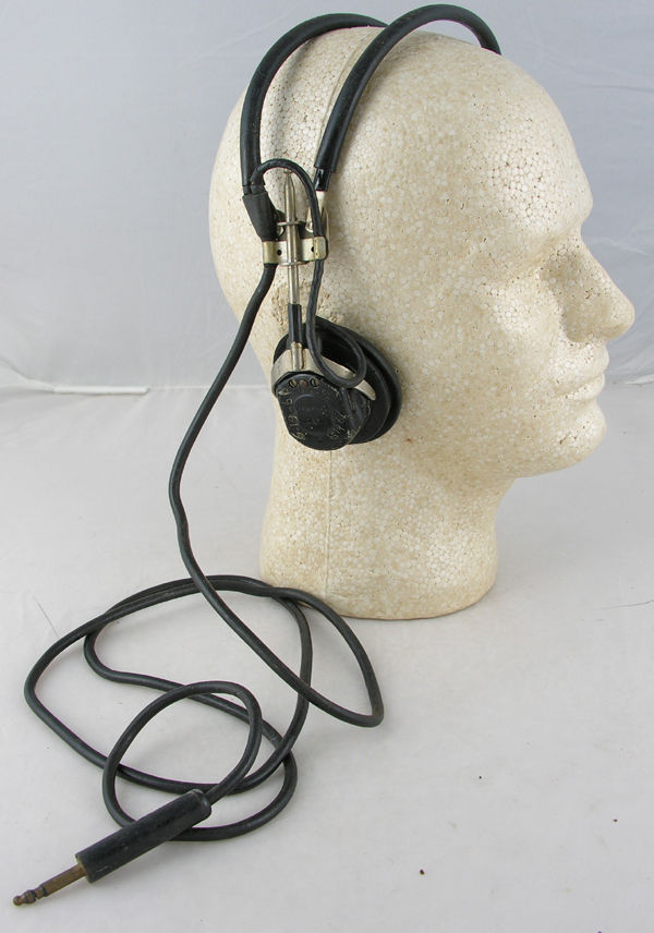USN Headset with ANB-H-1A earphones and rubber cord