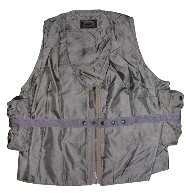 USAF E-1 Radio Carrier Survival Vest