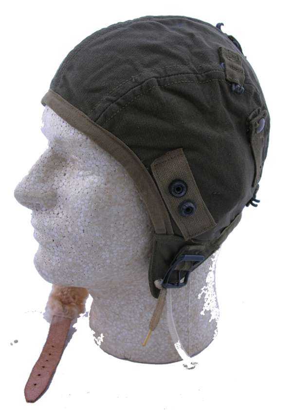 WW2 AAF A-9 Flight Helmet with oxygen mask snaps size small