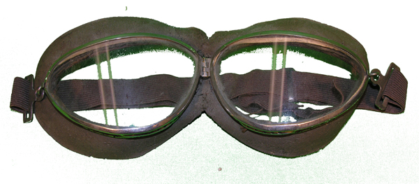 Seesaw? Aviator Goggles