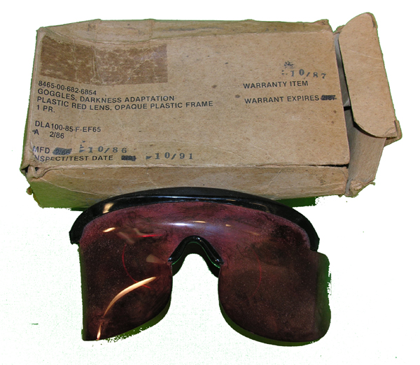 Plastic Red Darkness Adaption Goggles with Box