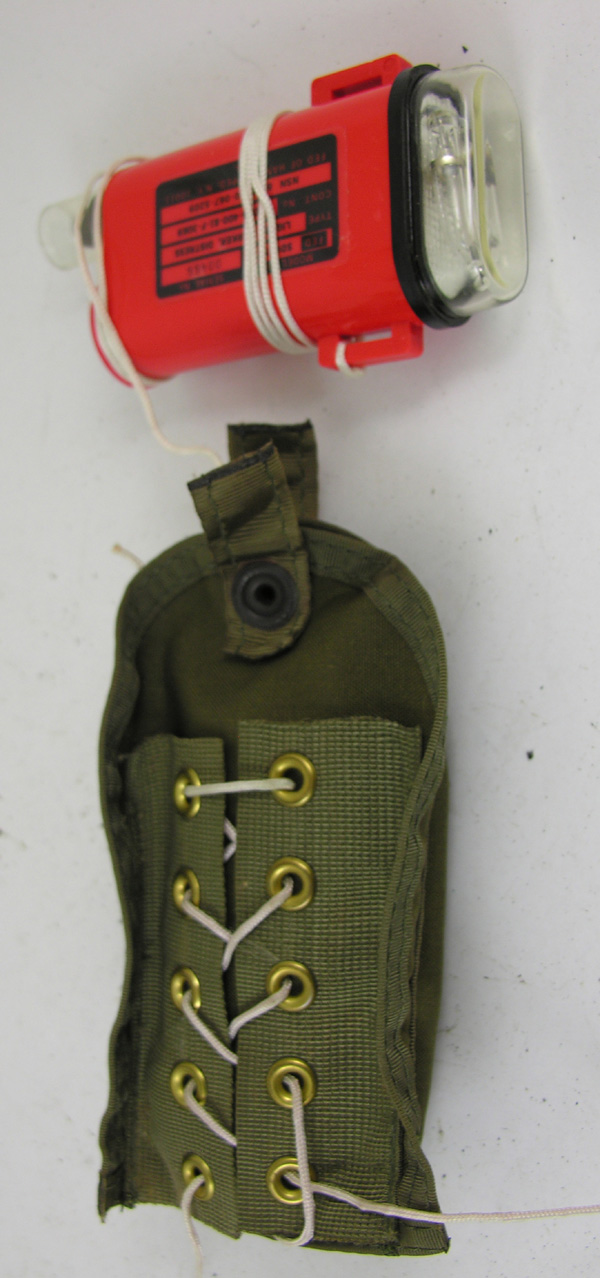 USAF/USN SDU-7 Strobe Light with Pouch