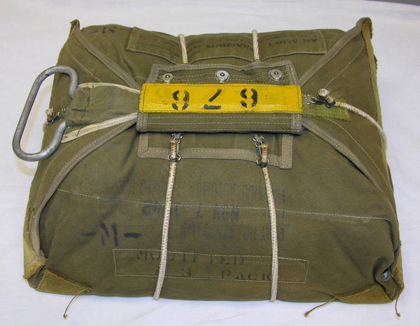 USAAF AN-6510 Seat Parachute Pack converted to Chest Pack