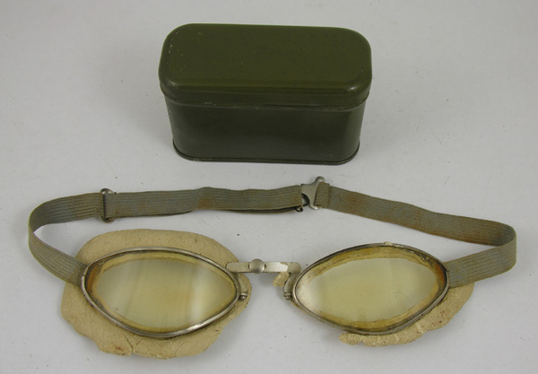 Aviator Goggles with tin case