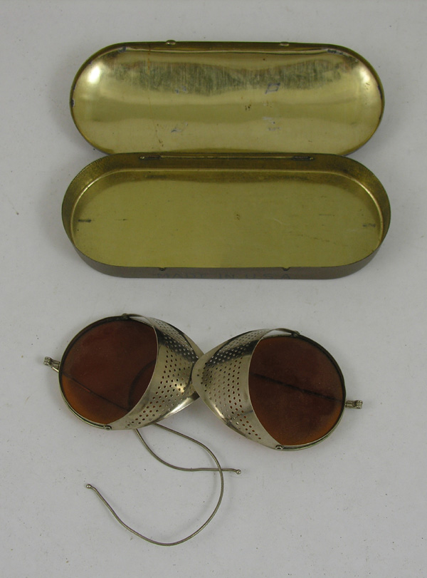 Willson Goggles with tin case