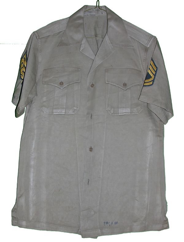 US Army Tan Short Sleeve Shirt with insignia