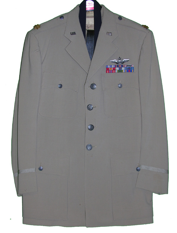 USAF Major's Khaki Dress Tunic with insignia - Complete