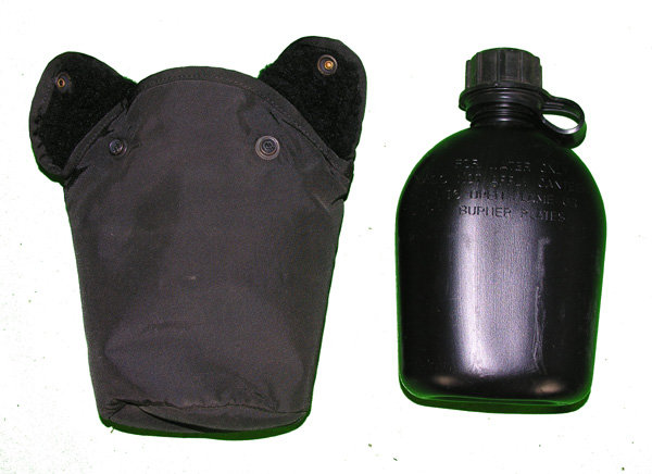 US GI Black Plastic Canteen and Case