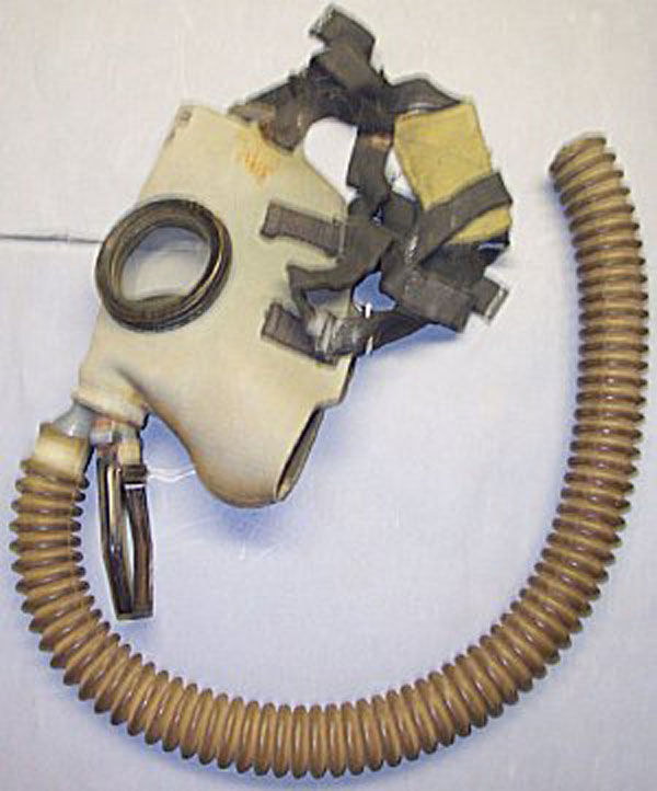 MIA2 Service Gas Mask and hose