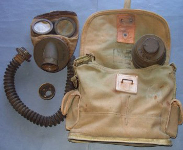 French A.N.P. T 31 Gas Mask h