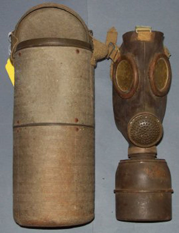 French Ajax F2 Gas Mask with f