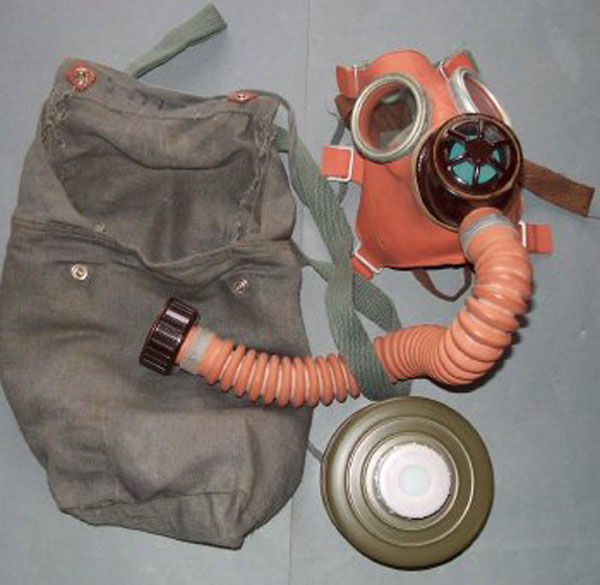 Czech DM-1 with filter hose a