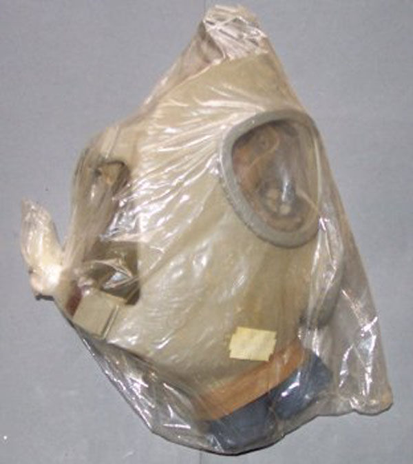 Czech CM-4 Gas Mask with filte