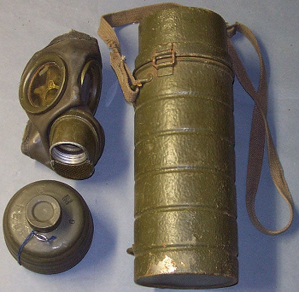 German GM-54 Gas Mask with fil