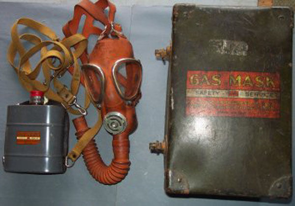 Davis Gas Mask with filter and