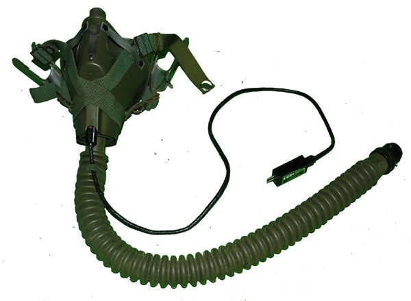 US Navy MBU-5/P Oxygen Mask with amp and snap for MA-2 harness