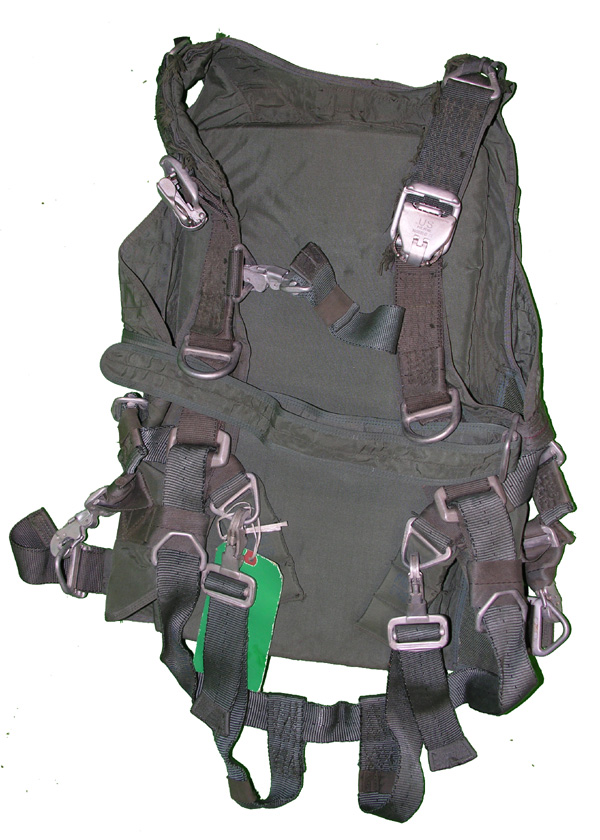 Troop Quick Attachable Back Parachute Harness and Pack